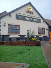 Artificial Grass Pubs